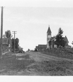 Manooth, Ontario in 1907